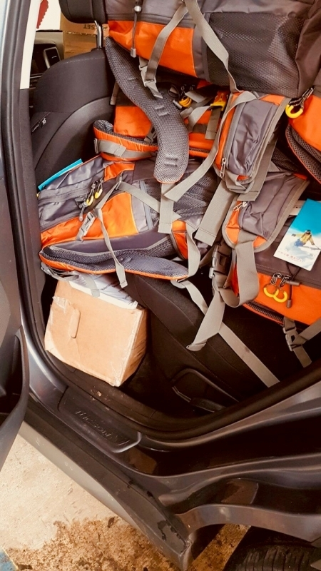 Photo: A car filled to the brim with backpacks for University of Puerto Rico